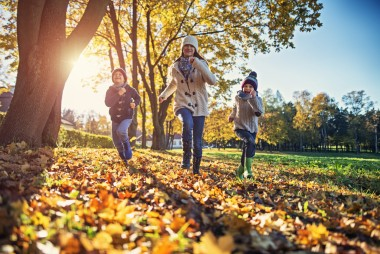 Take Your Family Reunion Outside This Fall